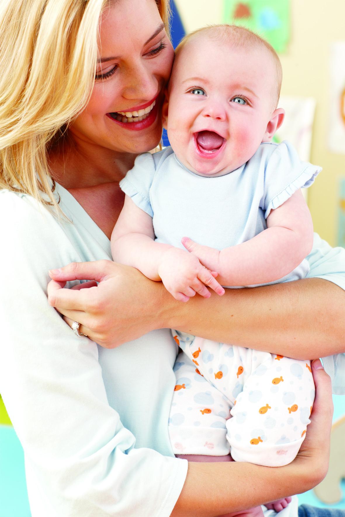 Rir bebé criança rir muito